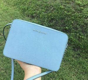 Michael Kors Jet Set LG EW LeatherCrossbody Bag